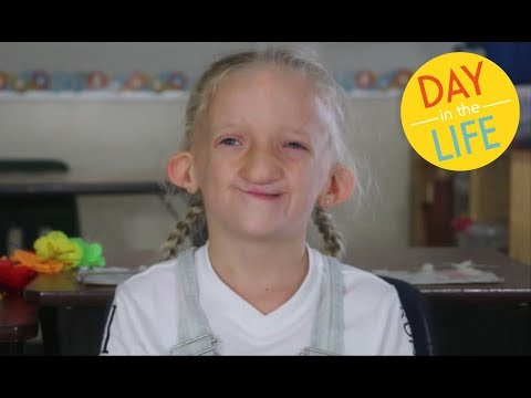 A Day in the Life of Peyton (The World's Sweetest Girl)