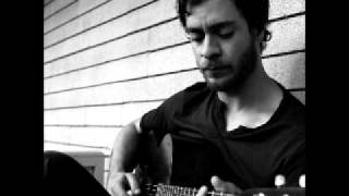 Watch Amos Lee It Started To Rain video