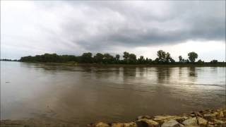 Missouri River panning time lapse