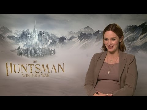 The Huntsman: Emily Blunt on bullying Chris Hemsworth
