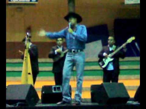 Teo Galindez en concierto
