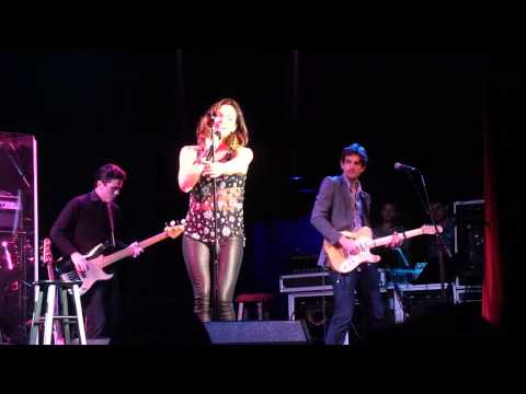 Katharine McPhee - Brighter Than The Sun  (Live  Clearwater...