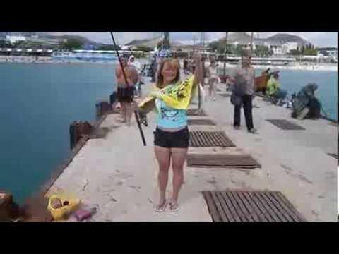 недоразумение на рыбалке.прикол.кифаль