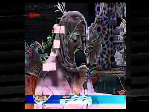 Beautiful Naat By Adeeba Imran Meri Janib Bhi Ho Tv One video