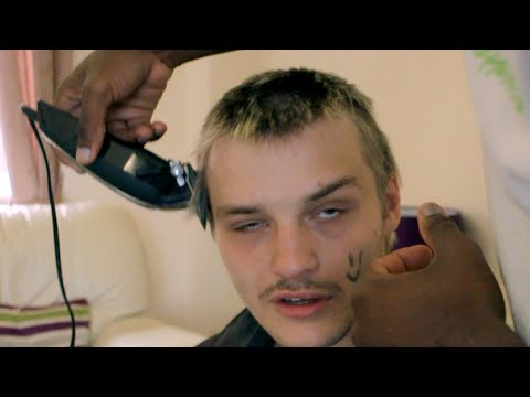 EXTREME HAIRDRESSING (GONE WRONG)