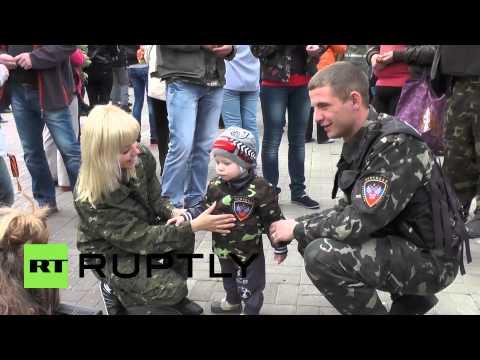 Ukraine: Donetsk marks Victory Day