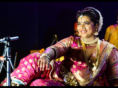 Lavani in Mumbai by Akanksha Kadam