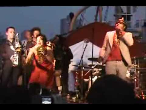 Thumbnail of video Euroyey 2011 (III) King Khan & the Shrines: 