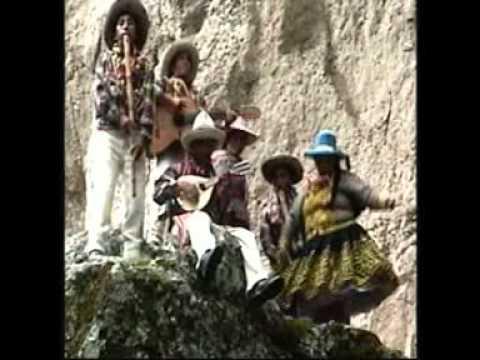 Autenticos Carnavaleros de Chumbivilcas Machu Soñaqqe