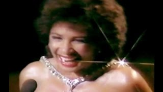 Watch Shirley Bassey You Aint Heard Nothing Yet video