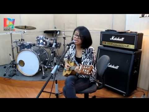 Describeindonesia - Live D! Studio: Tika Prasastya - Ayam Den Lapeh video
