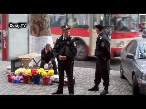 Poliţistu' spune că tăt îi legal