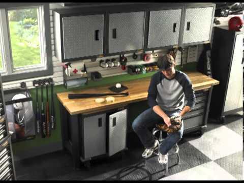 Aménagement de garage – Möbel für Garage – Arredamento per garage di casa