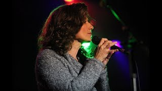 Amy Grant - Hold Me Jesus