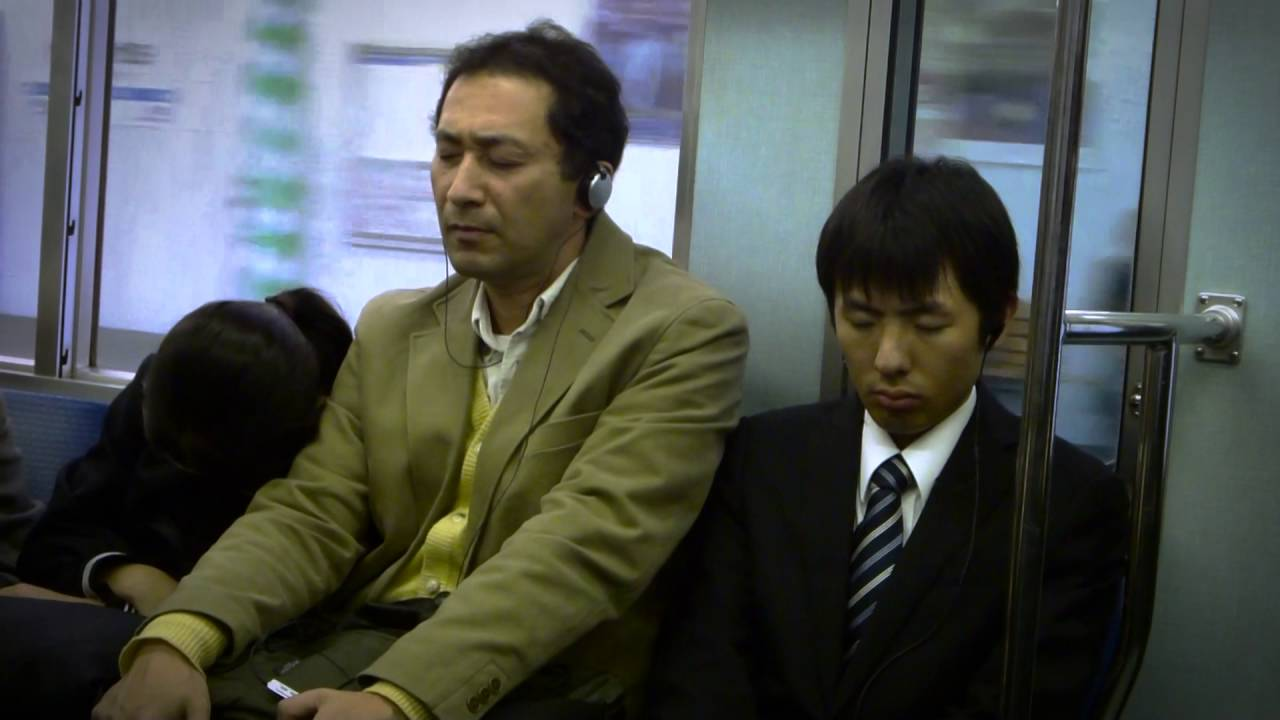 [Tokyo Businessman Is Annoyed With Schoolgirl Who Keeps Falling Asleep On Him] Video
