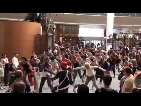 Flash Mob Danse Africaine .mp4