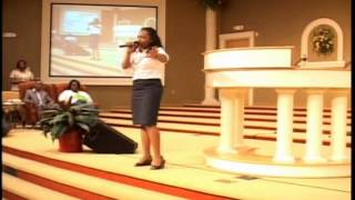 Jekalyn Carr sings Greater Is Coming