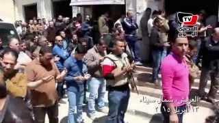 الآلاف يشيعون شهيد «تفجير قسم العريش» بشمال سيناء