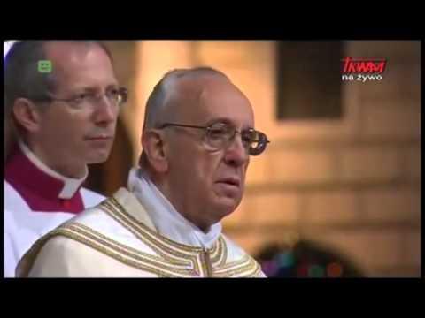 Boże Ciało na Watykanie: Franciszek nie klęka przed Najświętszym Sakramentem
