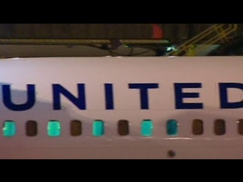 United Airlines Flight Makes Emergency Landing at Newark Airport