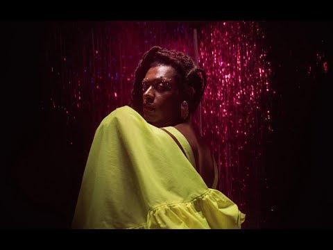 Liniker e os Caramelows - De Ontem (Official Music Video)