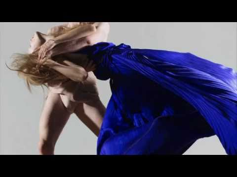 Showstudio Dynamic Blooms Nick Knight Shoots Monika Jagaciak For Another Magazine Look 6