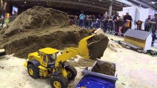 Oslo Motorshow 2014 - RC4WD 870K wheel loader