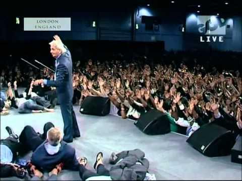 Benny Hinn - London UK receives God's FIRE (2011)