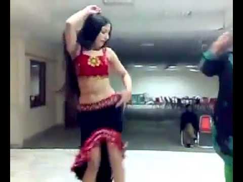 Sxey Lal Lal Kurti Mein Gora Sa Badan 2012 video