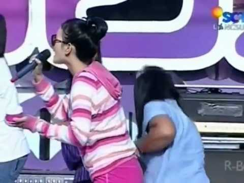 Zaskia - 1 Jam Saja Live Performed Di Inbox 2503 Courtesy Sctv - (480 X 360).flv video
