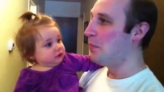 Bebê não reconhece o pai sem barba