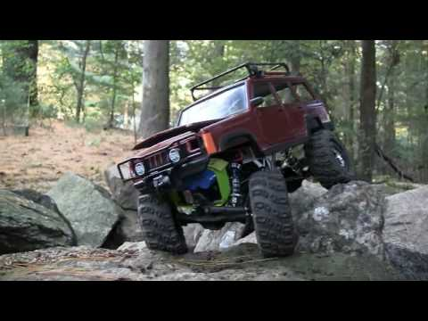 Jeep Cherokee RC Rock Crawler http://www.vxv.com/video/UYbRgcQPId9u/horizonrc-com-review-losi-1-18-scale-mini-rock-crawler.html