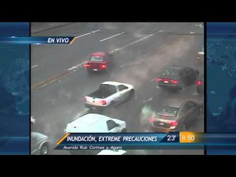 Las Noticias - Lluvias colapsan diversas vialidades en Monterrey