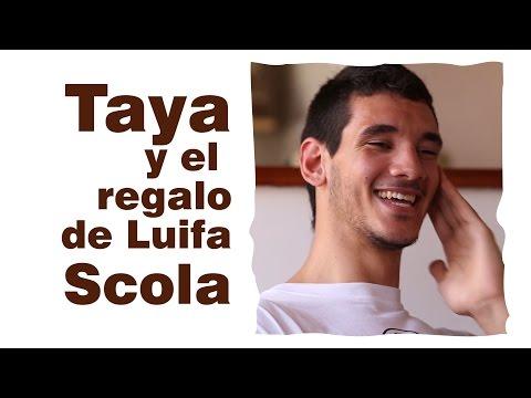 Tayavek Gallizi y el regalo de Luifa Scola (BásquetBar) Seguinos: @Basquetbarplay En Face: Básquet Bar (facebook.com/basquetbar) Córdoba, Argentina Producción 2015.