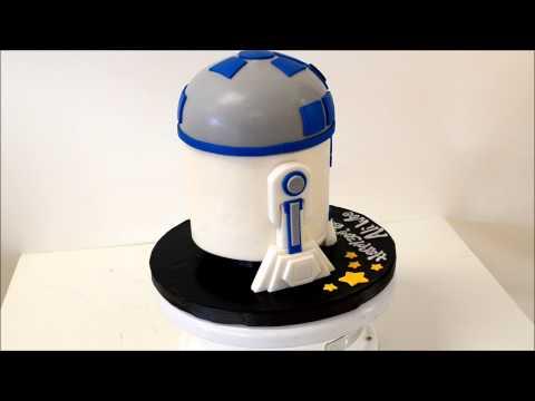 R2D2 Robot Shape Cake Example
