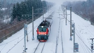 [RZD] EP20-017 with «Nevskiy Express» train, Bolshaya Vishera station
