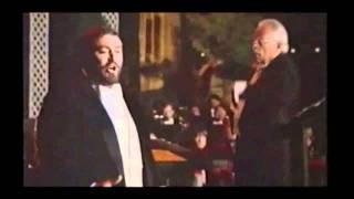 Puccini - Manon Lescaut - Donna non vidi mai (I ever never seen a lady like that)  Pavarotti