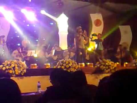 Labadiye By Lahiru Perera(from Theewraa Concert) video