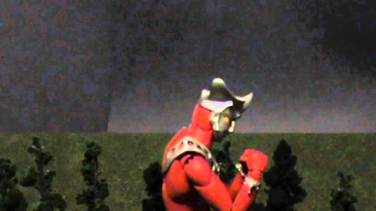 Ultraman Leo vs Ultraman Mebius: Practice - YouTube