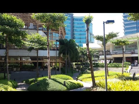 AYALA MALL and the Cebu City Financial District, Cebu City Philippines (video 1)