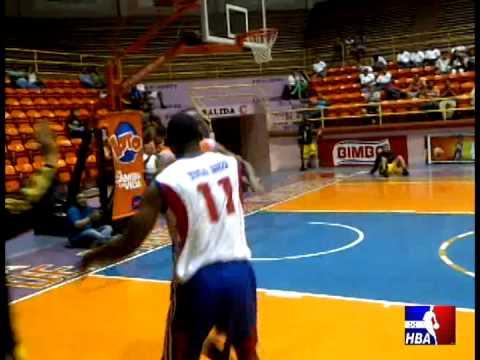 Honduras Dunk Champ Persly Marin