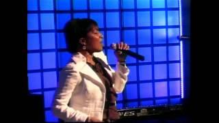 Watch Nancy Amancio Lanzo Flechas video