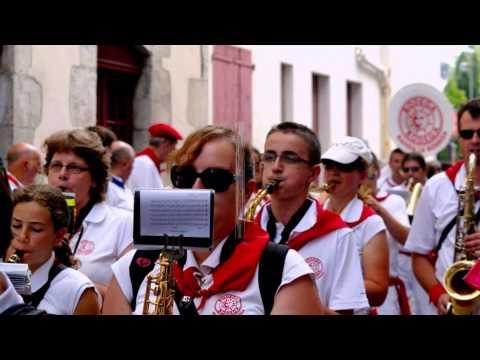 FETES DE BAYONNE 2014  défilé des bandas