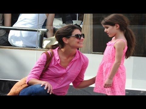 Katie Holmes Worried About Suri's Acting Lessons?