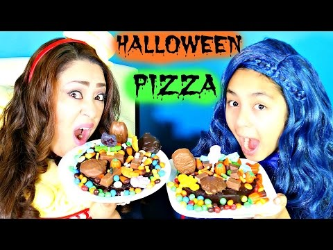 Halloween PIZZA Gummy Candy Chocolate M&MS Kit Kat Snickers| B2cutecupcakes