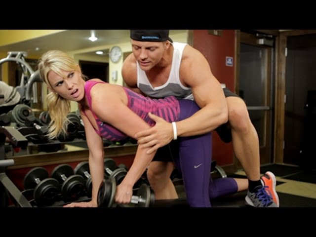 DON'T BE THAT GIRL AT THE GYM thumbnail