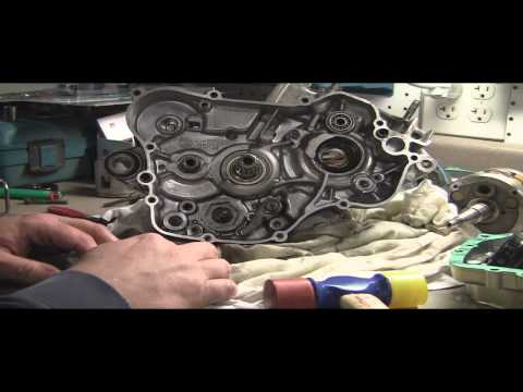 Yz125 Tear Down Part 7: Removing 2 Stroke Transmission (tranny) video