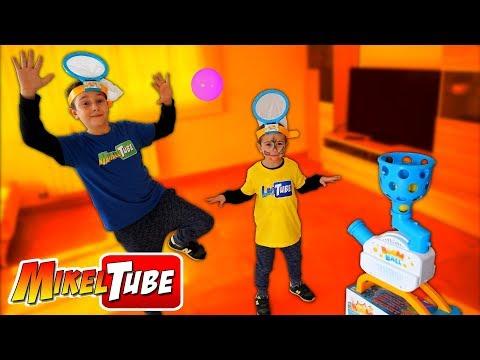 Mikel y Leo se retan a BOOMBALL el juego más divertido