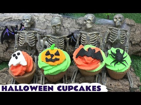 Play Doh Halloween Cupcakes Mickey Mouse Disney Movie Thomas The Train Kids Cars Little Mermaid