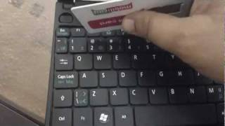 Acer Aspire One AO 522 RAM UPGRADE and PROPER KEYBOARD REMOVAL [HD]